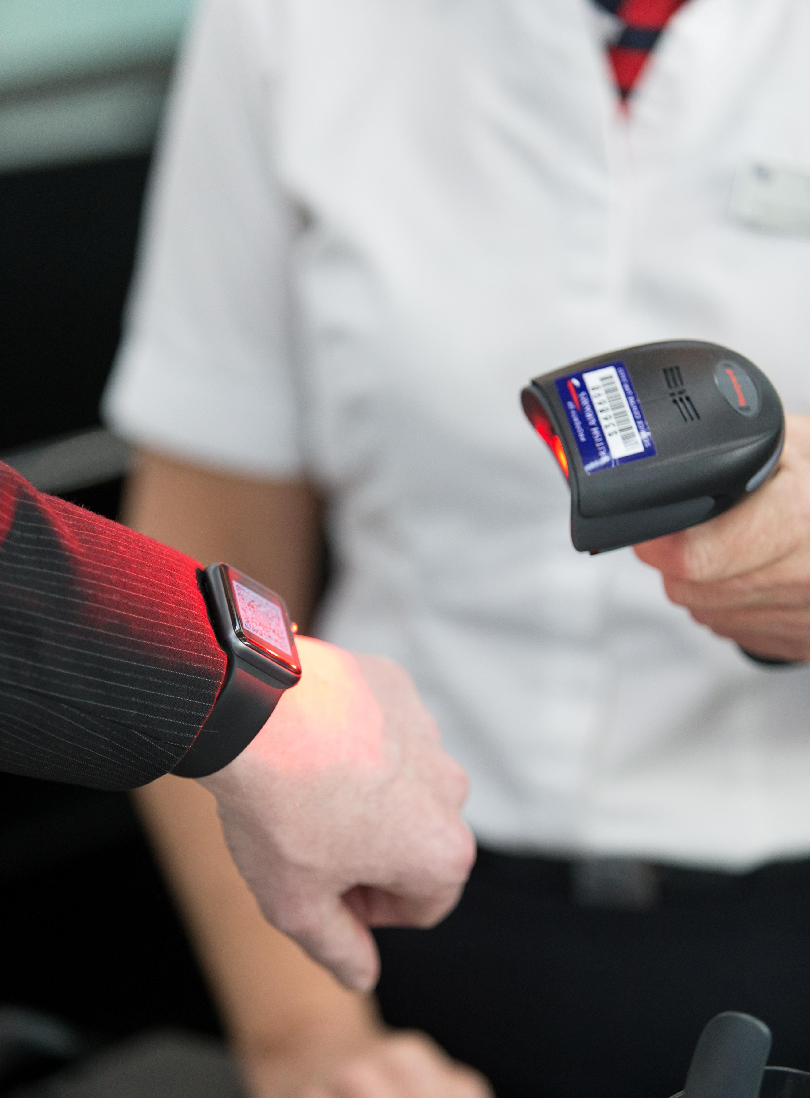 British Airways_smart watch_check-in_003