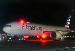 American Airlines_Boeing 777_livery