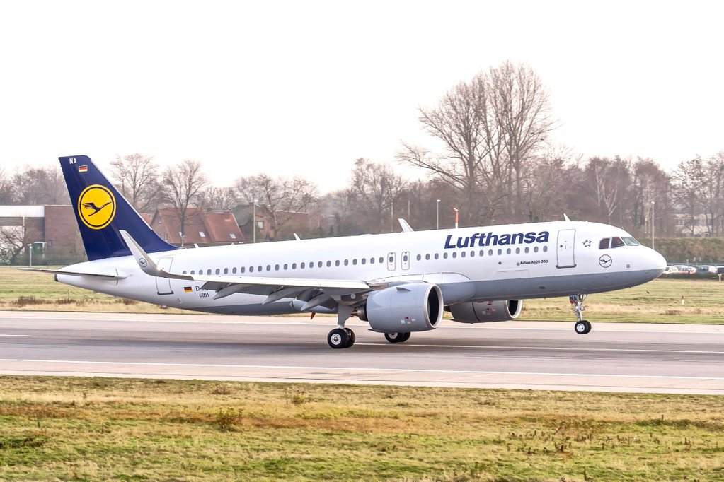 Lufthansa_Airbus A320neo_teslimat_delivery_Jan 2016
