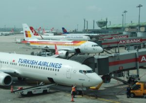 Iberia_THY_Istanbul_IST_AHL_Apron_June-2014