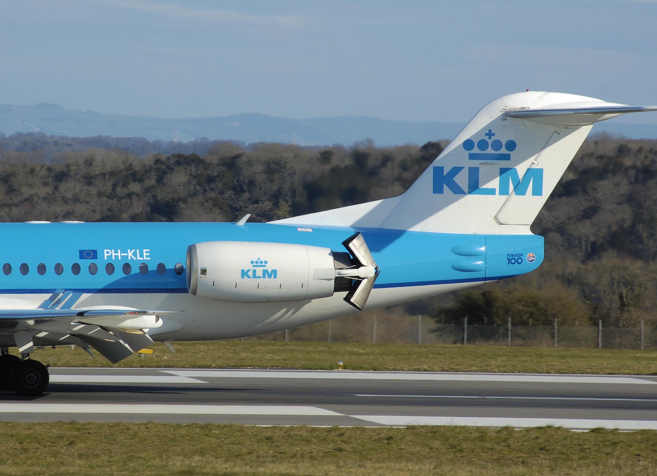 Thrust Reversal_Bucket Type Reverser_KLM_Fokker