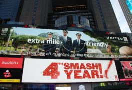 United Airlines_digital ad_Time Square_New York