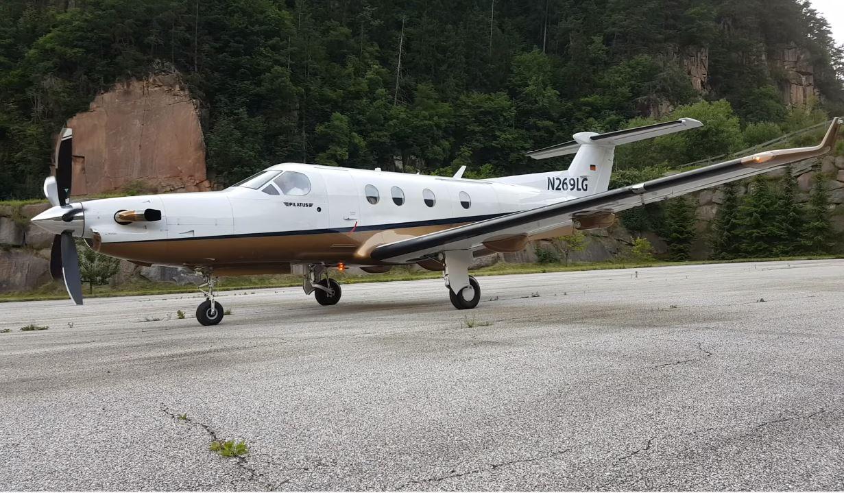 Pilatus PC-12 @ Locher Airfield | Havayolu 101